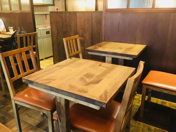 パンの田島:イートインスペース