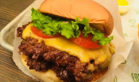 SHAKE SHACKハンバーガー