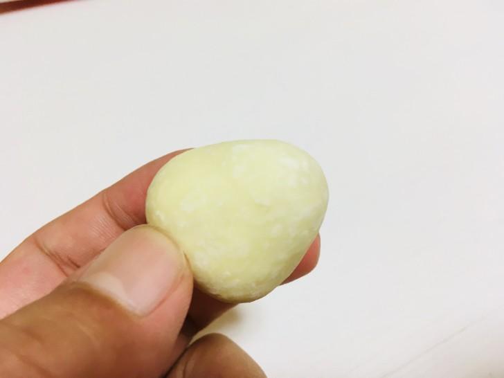 神戸苺トリュフホワイト