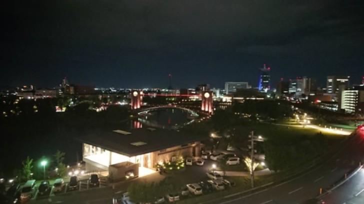 富山美術館夜景