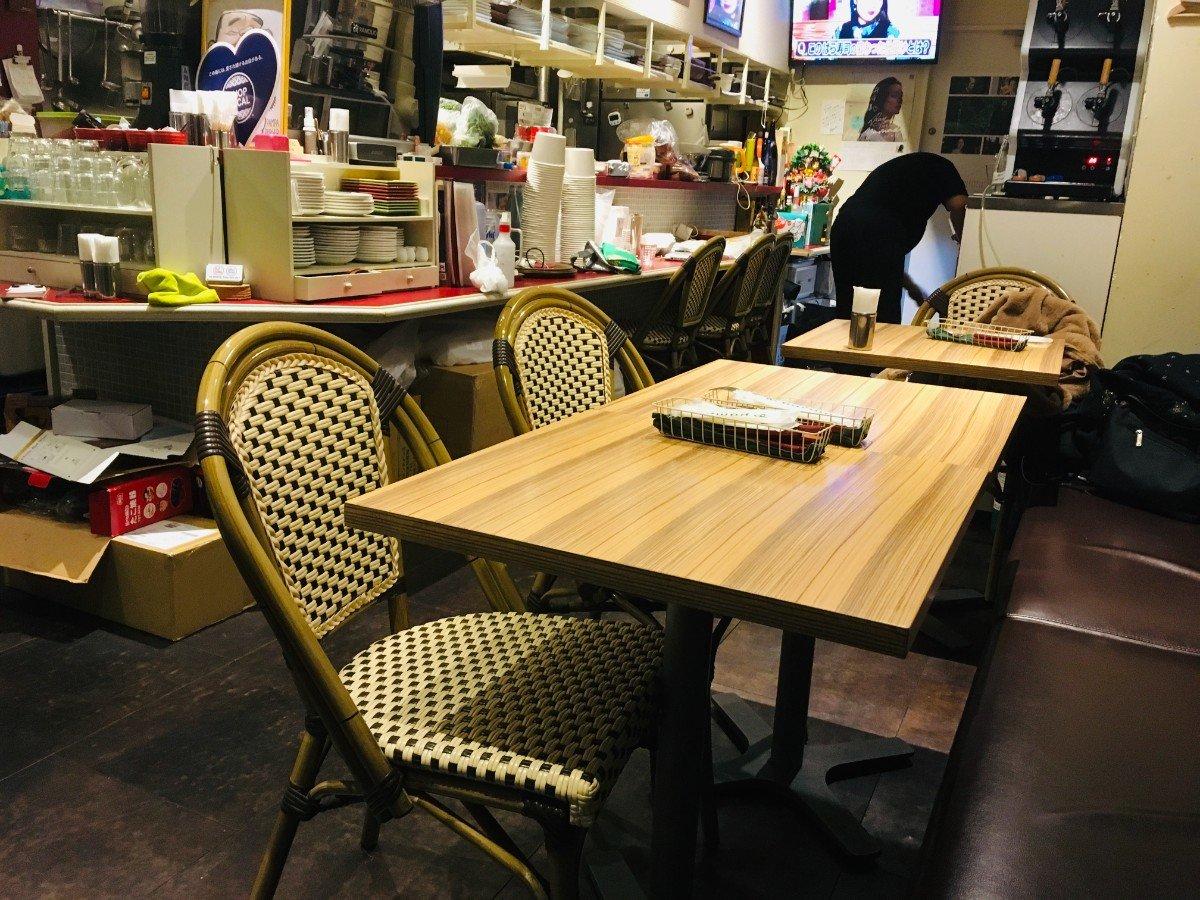 パンパバーガーダイニング:店内の様子