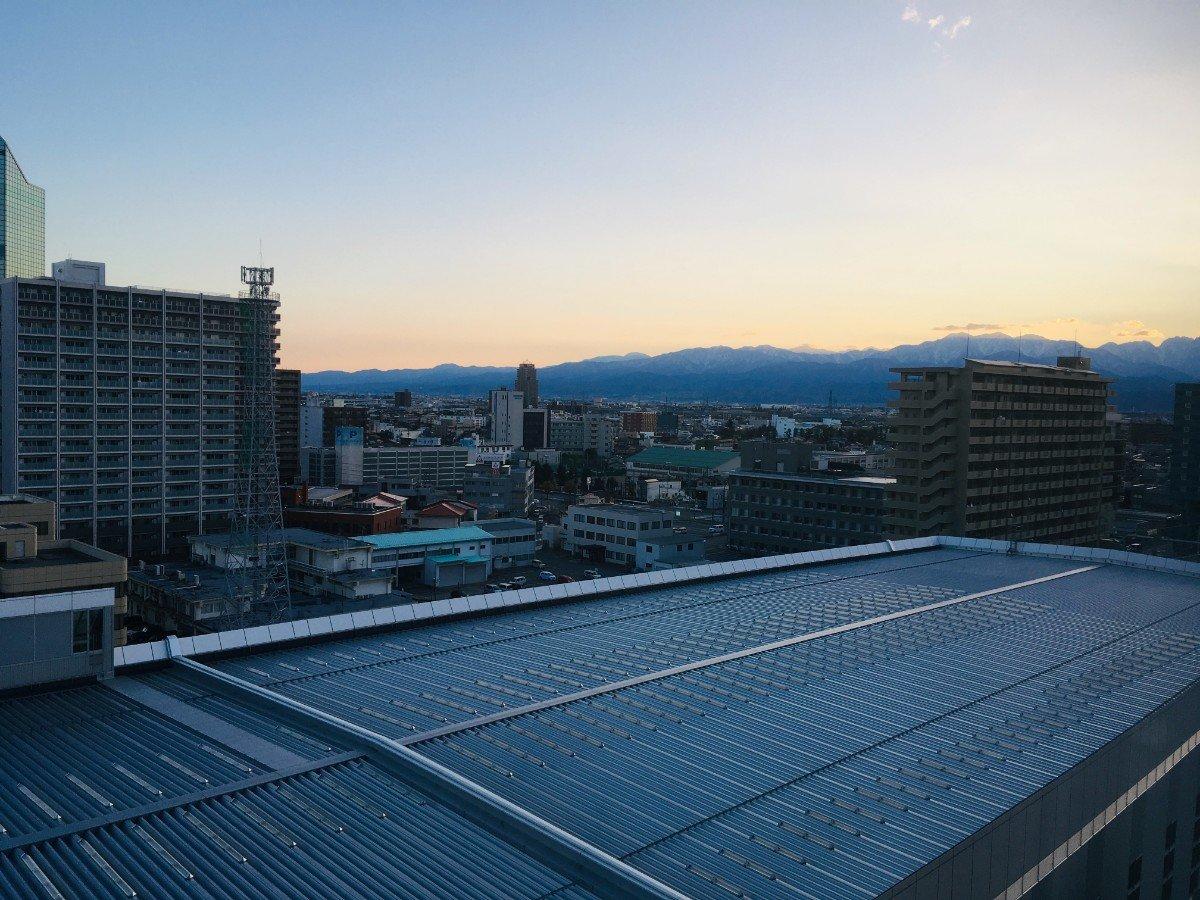 富山地鉄ホテル:窓からの眺め