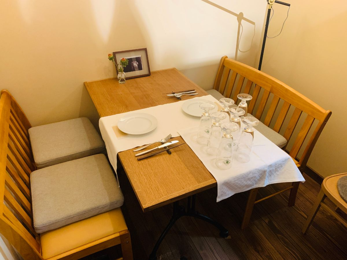 トロンコーネ|テーブル席